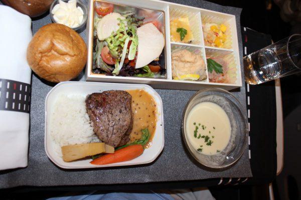 【THB】関空からハワイへ、JALビジネスクラス搭乗記!03